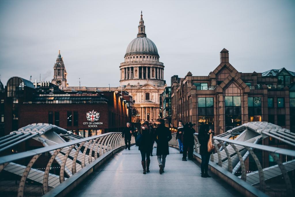 London_unsplash-1024x683.jpg